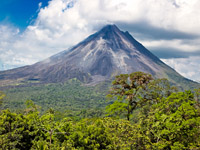 Volcan Arenal et flore